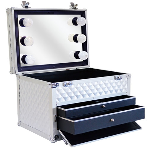 valise de beaut maquillage et coiffure miroir et clairage ampoules studio make up compact. Black Bedroom Furniture Sets. Home Design Ideas